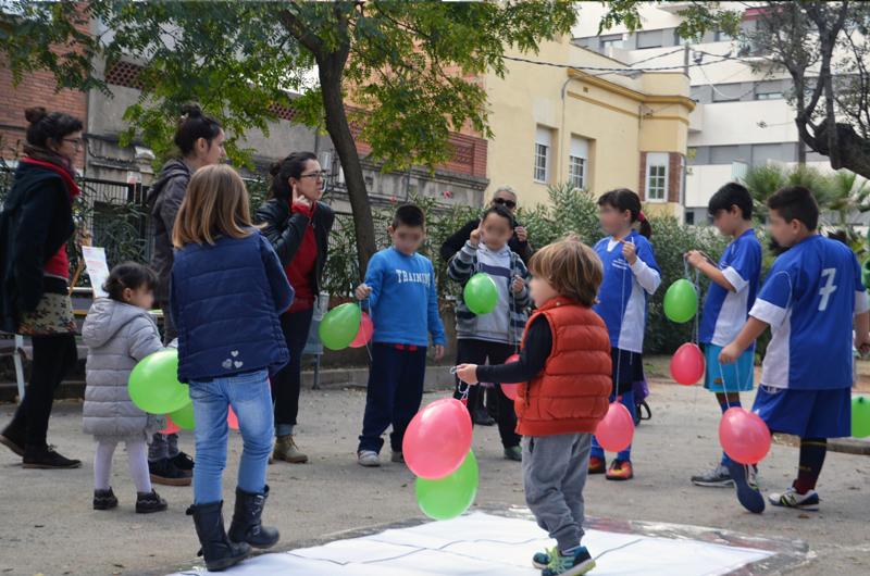 Tallers a la plaça_Fem dissabte a la Plaça d'en Baró_Equal Saree_3
