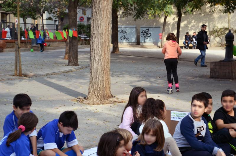 Tallers a la plaça_Fem dissabte a la Plaça d'en Baró_Equal Saree_6