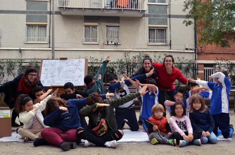 Tallers a la plaça_Fem dissabte a la Plaça d'en Baró_Equal Saree_9