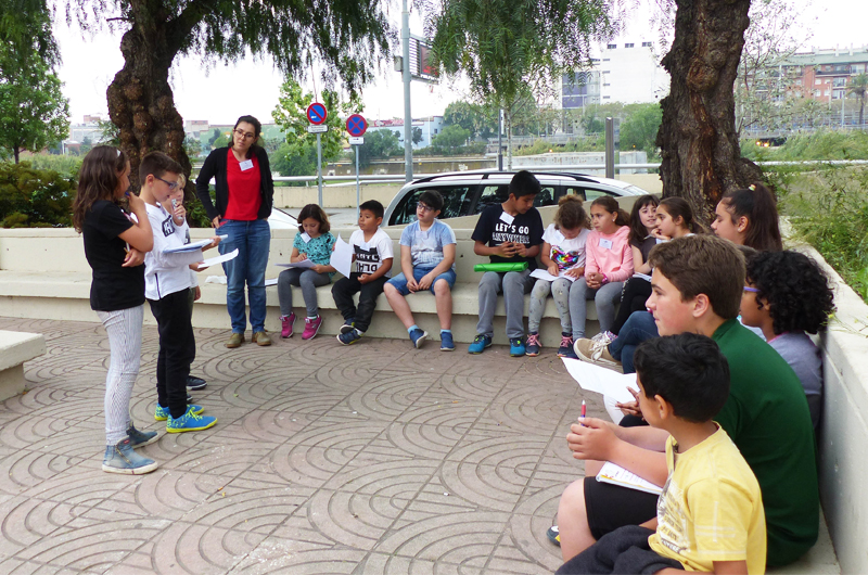 Salzelúdic_Explorem el passeig_Posada en comú_Escola Santa Coloma_Equal Saree 4