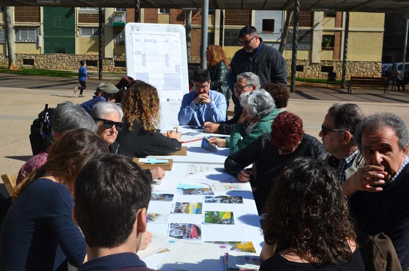 Jornada de propostes_Repensem la plaça dels Porxos_Equal Saree_03